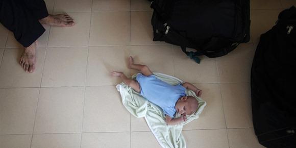 ahmadiyya_thailand_refugee_newlyborn