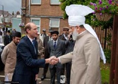 prince_edward_london_mosque3