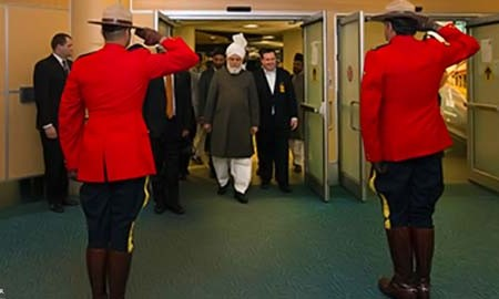 Khalifa of Islam arrives in Canada to Inaugurate New Mosque