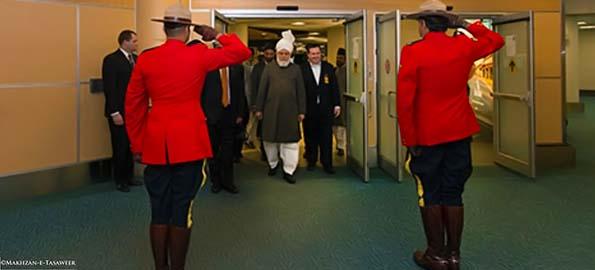 Khalifa of Islam arrives in Canada to Inaugurate New Mosque
