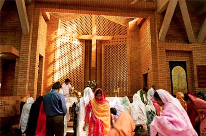 Christians_Pakistan_AHMADIYYA2