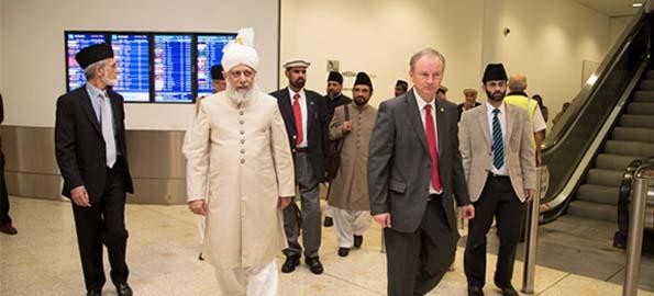 khalifa_of_islam_mirzamasroor_australia6