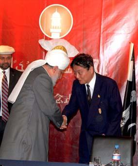 ahmadiyya-khalifa_islam_japan7