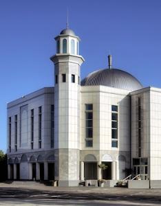 britain_largest_mosque_ramadhan2