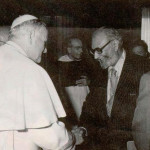 Dr Abdus Salam with the Pope