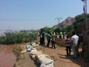 Ahmadi Muslims help during Rabwah Floods