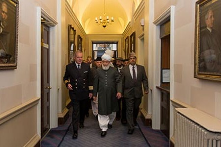 Khalifa of Islam Ahmadiyya visits Irish National Parliament