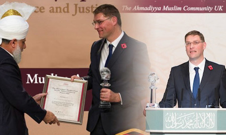 Caliph of Islam gives peace prize to Christian charity founder