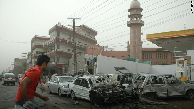 Pakistan court sentences men to death for 2010 Ahmadiyya Mosque attack