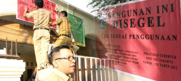 Ahmadiyya Mosque in Jakarta, Indonesia shut down by local authorities