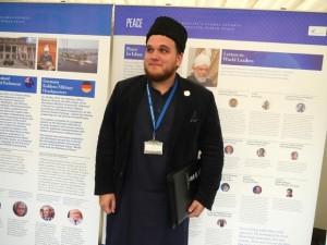 AhmadiyyaImamMansoorClarke_0