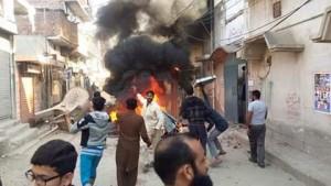 4jhelum_riots_ahmadiyya_mosque_factory