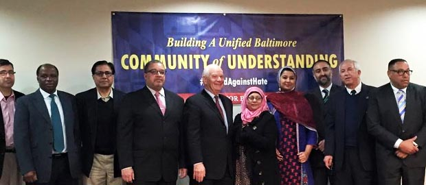 U.S. Senator Ben Cardin holds Roundtable with Muslim Community at Ahmadiyya Mosque