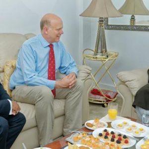 British Transport Secretary visits 'Khalifa of Islam'