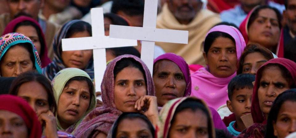 Pakistan bans Christian TV channels